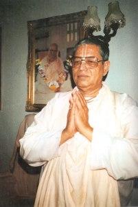 Srila-Govinda-Maharaj_London_web